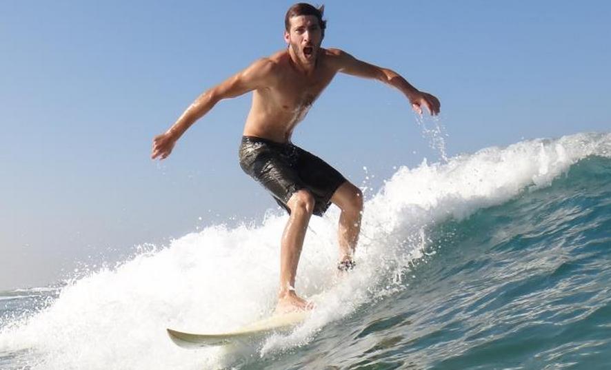 Den lækre sandstrand ud for Tel-Aviv er et eldorado for surfere fra hele verden.